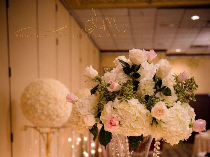 Tmx 1517592542 A6acd3653559b03e 1517592494 831a7a11f11c5430 1517592487519 10 016ac8fb9d9a896f5 Eastpointe, MI wedding florist