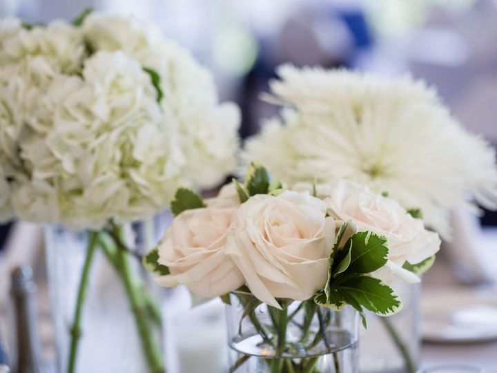 Tmx 1519159273 0f36b6e6ccdecd39 1519159271 5b5779a108e22359 1519159268439 14 018003bf930c5347e Eastpointe, MI wedding florist