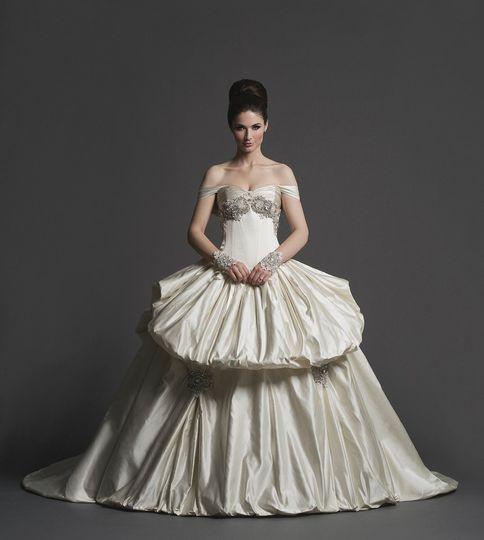 Katerina Bocci Bridal - Dress & Attire - Utica, MI - WeddingWire