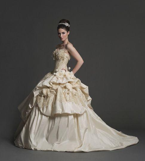 lists best places bridesmaid dresses every budget near detroit