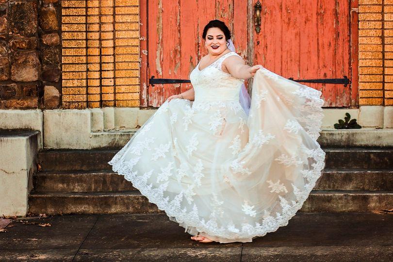 zkatie bridals and e session 001p 51 549892 1556081860