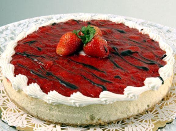 Creamy strawberry cheese cake