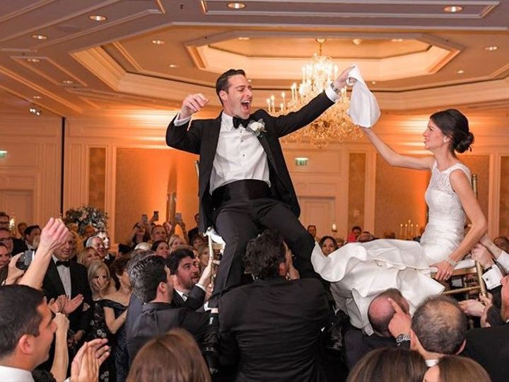 Tmx Hava 51 22992 158094035990923 Howell wedding band