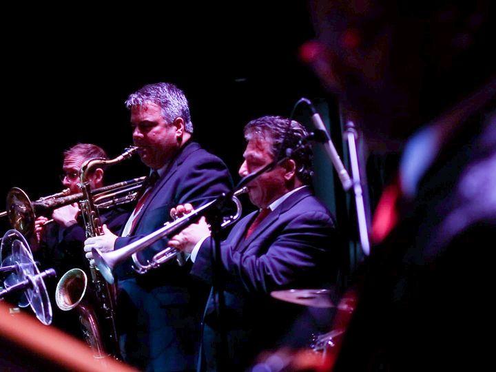 Tmx Hornspx 51 22992 158094144991921 Howell wedding band
