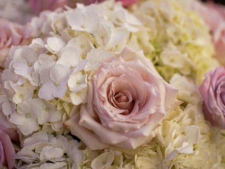 Tmx 1534135324 8bedb561b757e3bd 1534135323 8c63b41444e7516c 1534135323109 13 LRG DSC09425 2 Little Falls, New Jersey wedding florist