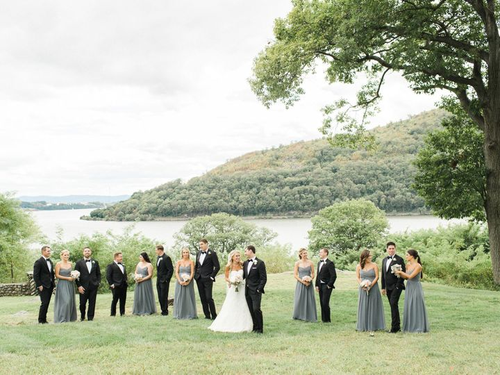 Tmx 1516365843 848b43dd98be693b 1516365840 B924f4f04e9864bc 1516365815576 2 Bashfulcaptures 32 Catskill, NY wedding planner