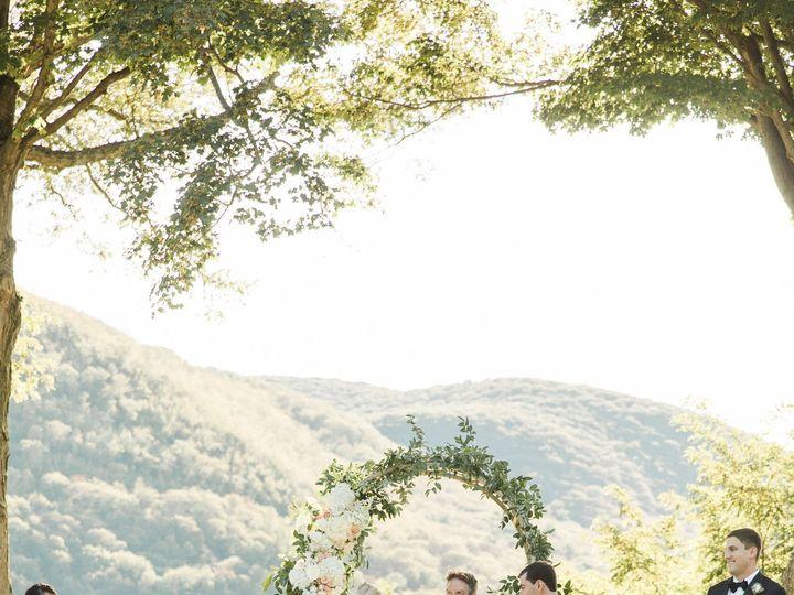 Tmx 1516366712 1f91c6ada656229e 1516366710 36b534f46443530f 1516366680557 14 Bashfulcaptures 5 Catskill, NY wedding planner