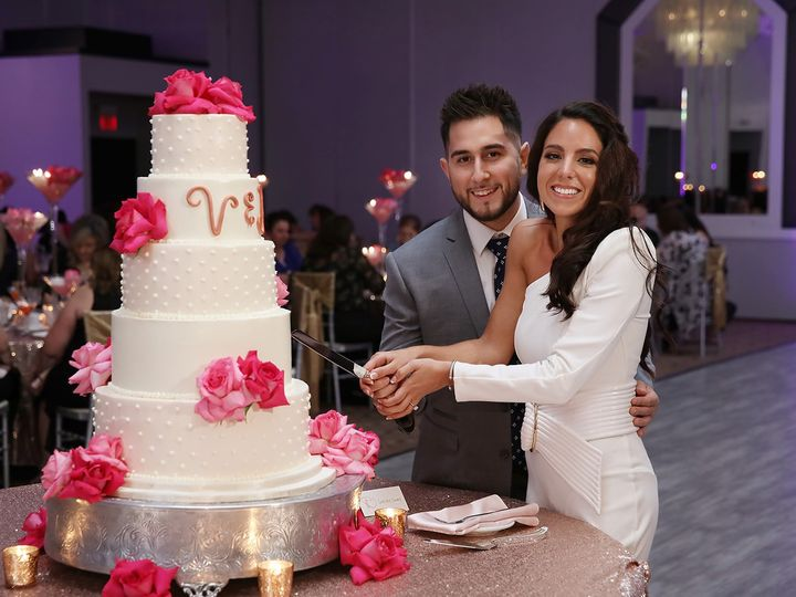 Tmx Valerie Peter Shower 0153 Websize 51 89992 1570202134 Orland Park, IL wedding venue
