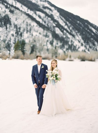Newlyweds and the mountains - J.Lemons Events