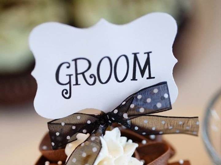 Tmx 1442342410371 Groom Manchester, New Hampshire wedding cake