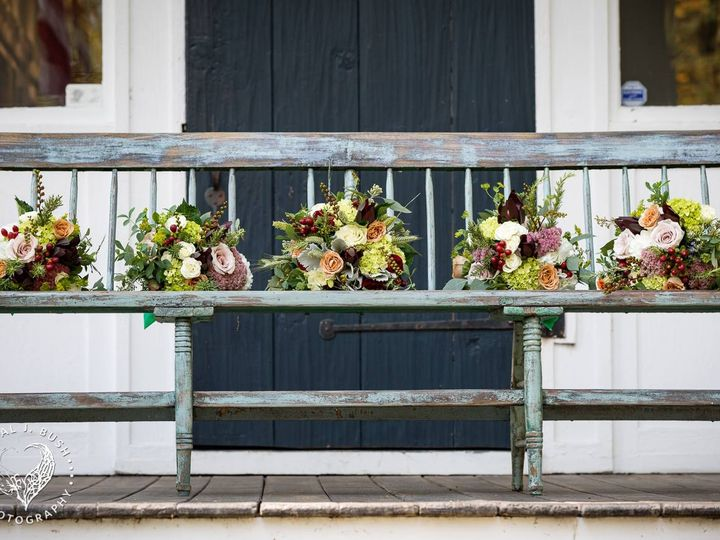 Tmx Flowers On Bench 51 421003 V1 Perkinsville, VT wedding venue