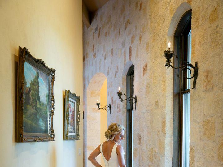 Tmx Bride In Hallway 51 991003 1556139735 Georgetown, TX wedding venue