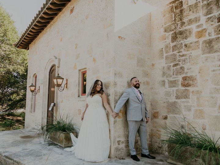 Tmx Catherine Aaron First Touch 51 991003 160452886558452 Georgetown, TX wedding venue