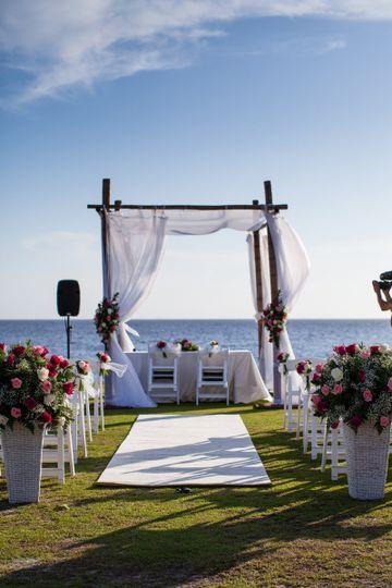 nhurt and mikael holst wedding wow wedding detai
