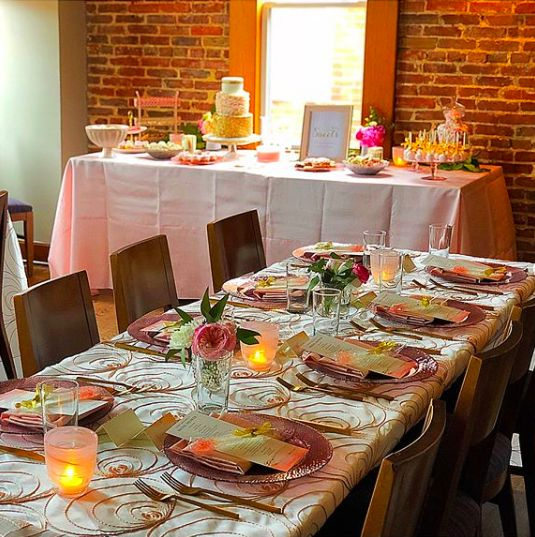 Candlelit table and floral centerpieces