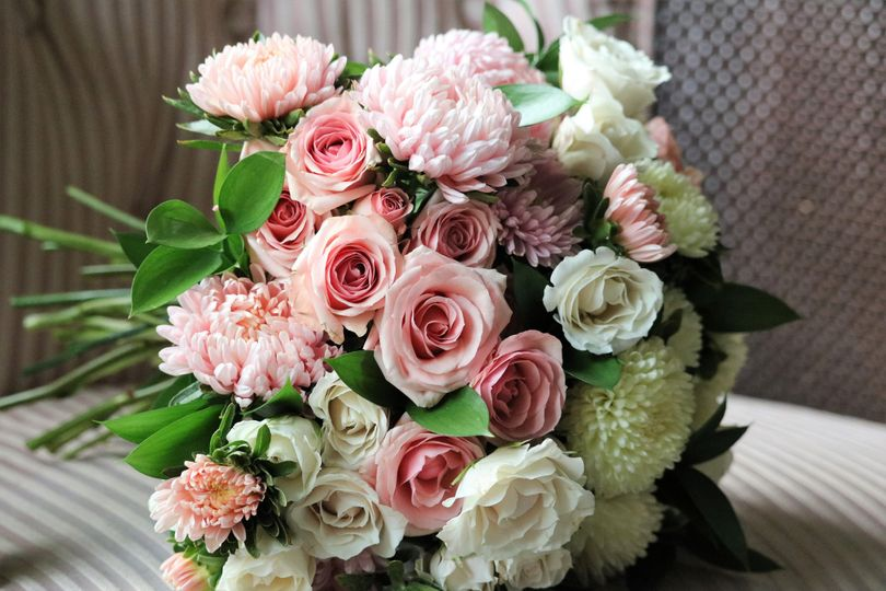 suehinesfloral bouquet2 51 1034003