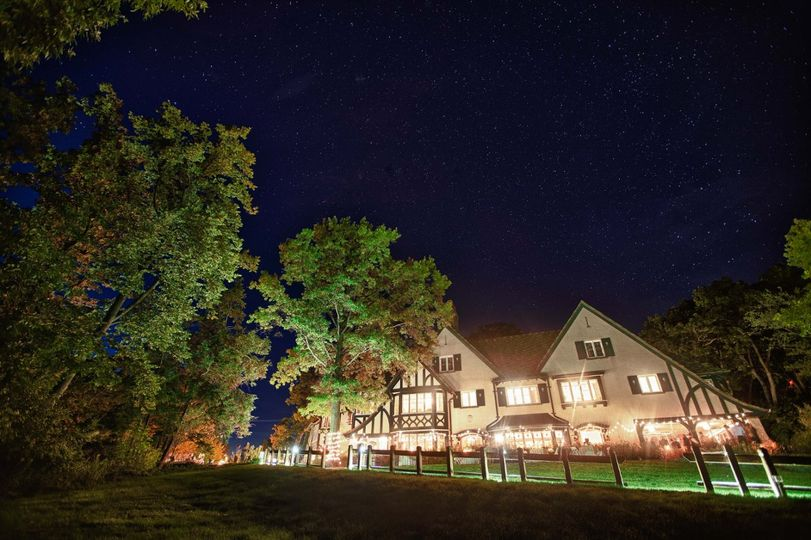 Step back in time as you plan the wedding of your dream at the W.K. Kellogg Manor House located on...