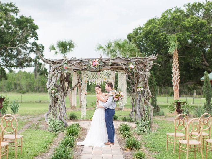 Tmx Sunny Acres Boho Styled Session Favorites Shauna And Jordon Photography 0046 51 984003 Polk City, FL wedding venue