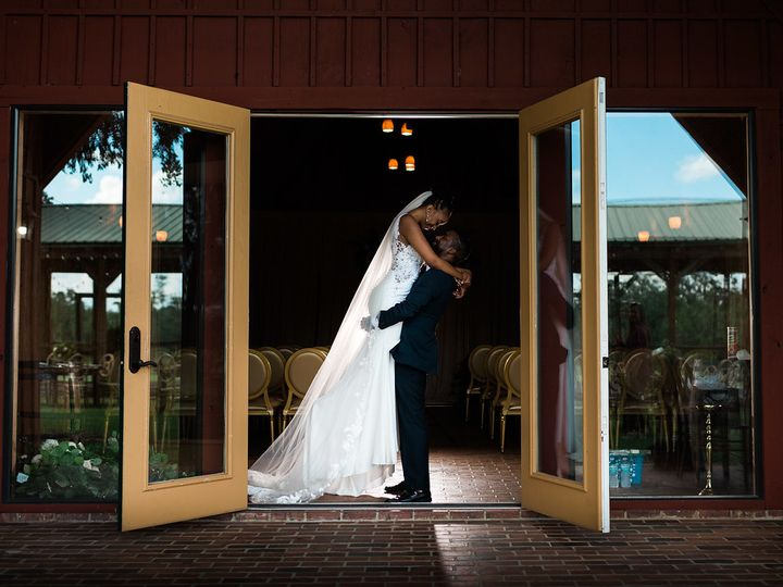 Tmx The Lodge Styled Shoot Thornberry 20 Of 32 Xl 51 984003 Polk City, FL wedding venue
