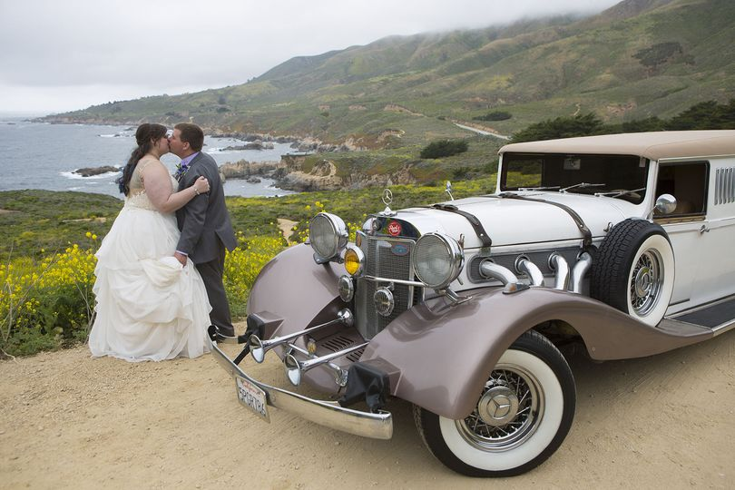 Wedding photo escape on the Big Sur Coast