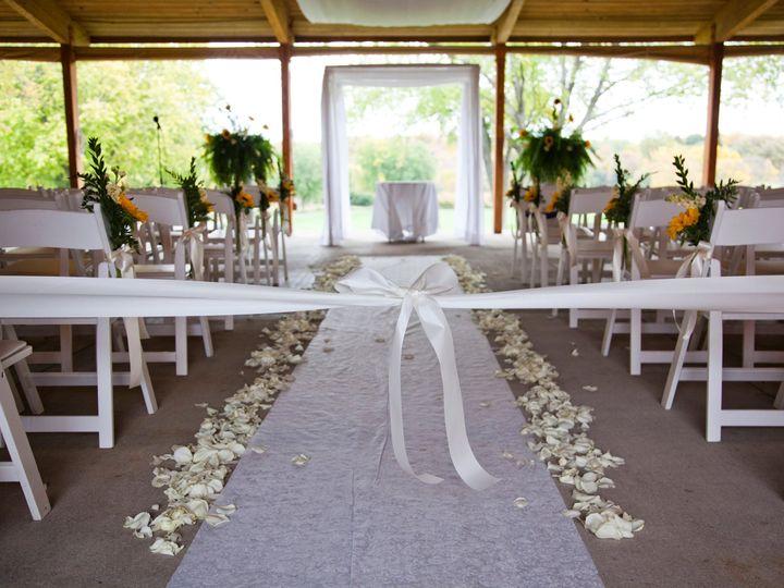 Tmx Ceremony Aisle W Runner 51 1016003 Menomonee Falls, Wisconsin wedding planner