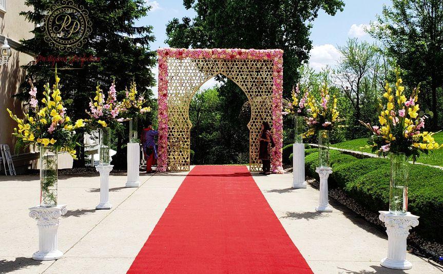 entrance decoration 51 1896003 157388589070568