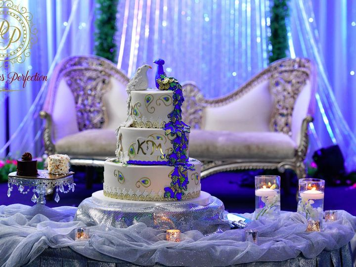 Tmx Cake Table Decor Custom Cake And Fabric 51 1896003 157388588890375 Hicksville, NY wedding eventproduction