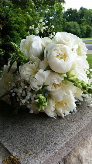 barbs white bouquet