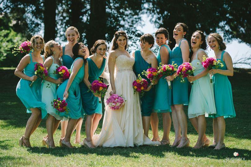 jess and bridesmaids