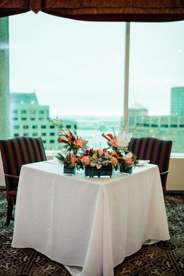 Head table | Photo by Dan Aguirre