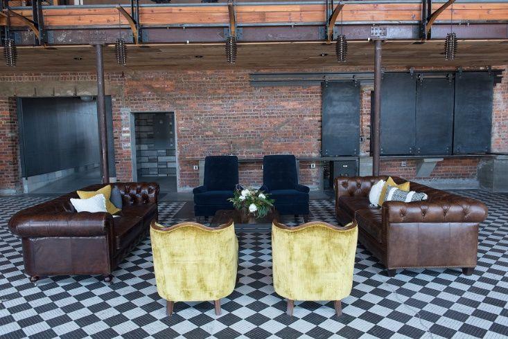 Eventful Leather Lounge