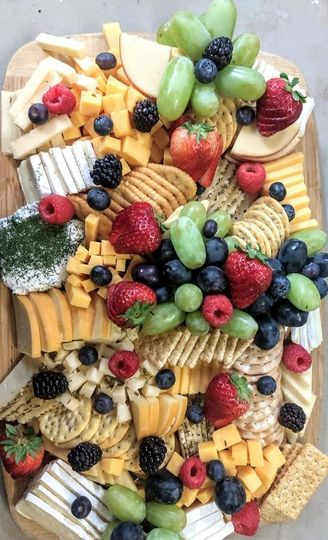 Gorgeous & tasty fruit tray