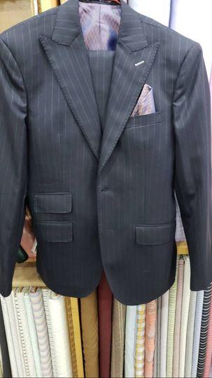 Suit - Peak Lapel 2 Button