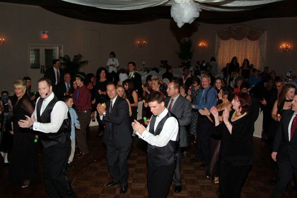 Another great wedding partying with us.