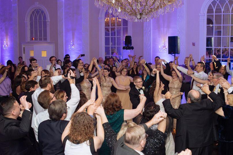 How a dance floor should look.