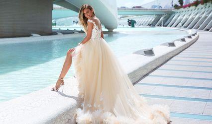 Gloria Ära Couture 1