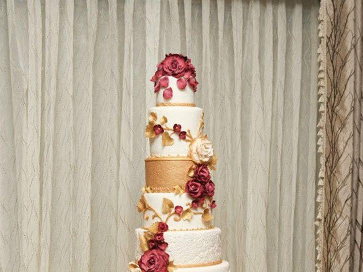 Tmx 1410009089544 0c2dbf7ab92983da84c220bc77b05c7elarge Williamson wedding cake