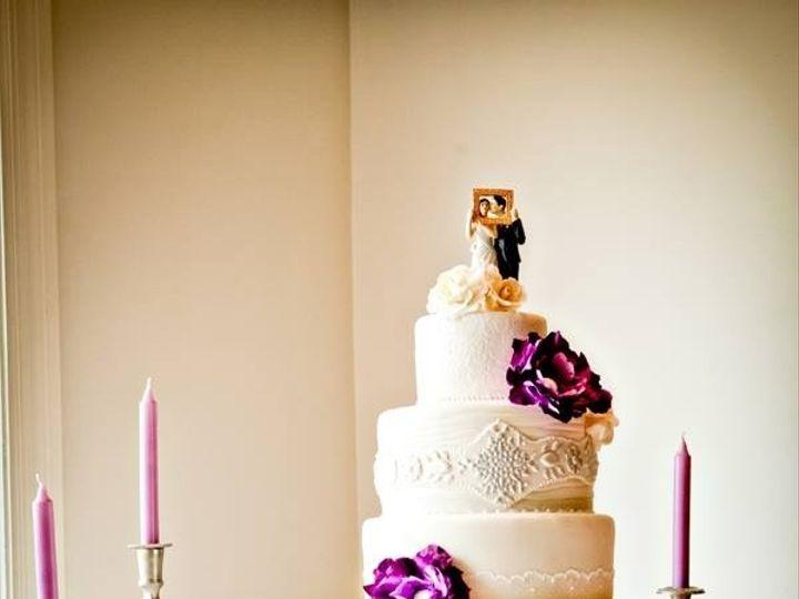 Tmx 1410009190797 6a8bd502abf13f448ed67ec37300bb63large Williamson wedding cake