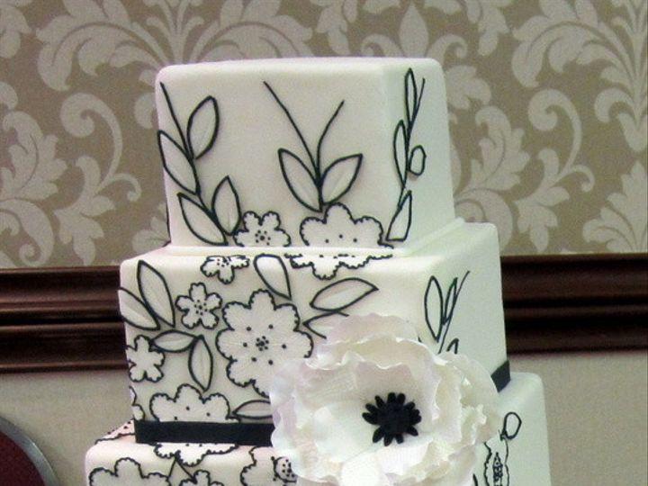Tmx 1410009215466 8bab93b1e79d9d51ee8281ea6c53fafclarge Williamson wedding cake
