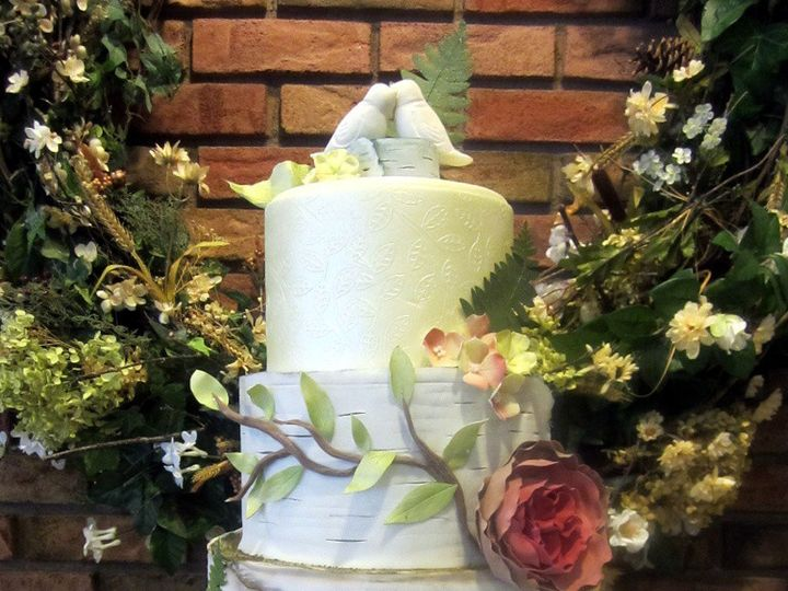 Tmx 1410009662886 Fa72cf62a04c91aa1b36b8687234536flarge Williamson wedding cake