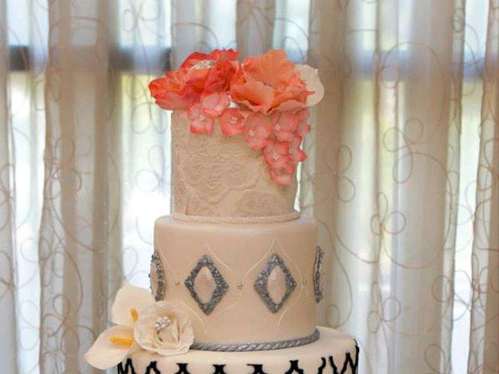 Tmx 1410009667709 Fad187e001ed2c9bc3e557756c818f65large Williamson wedding cake