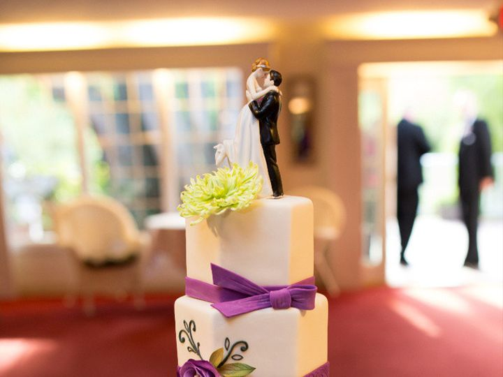 Tmx 1410009672005 Fb6c8262693134dcb0664ce62330fba6large Williamson wedding cake