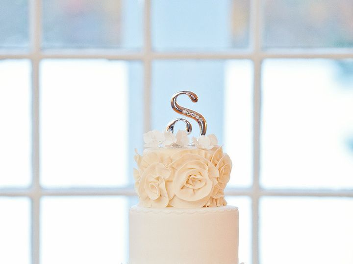 Tmx 1410009684193 D1997583d40800a05c75adf7d9361c58large Williamson wedding cake