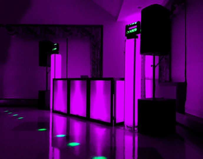 Led dj facade (included)