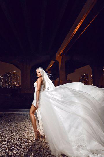 A striking wedding look