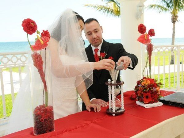 heirloom hourglass wedding unity sand ceremony wedding