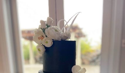 Custom Cakes by Tara