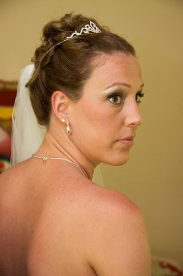 April 2009 - Jamaica destination wedding makeup & hair for tomlinson-spinner (bride sideview...