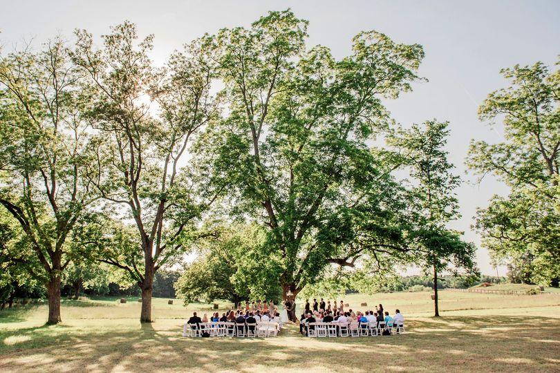 athens rustic wedding ceremony cloverleaf farm