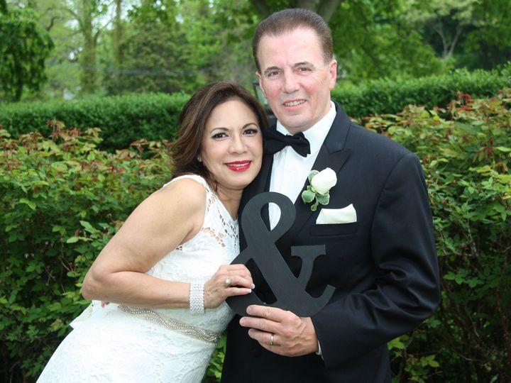 Tmx 54bdcd51 9137 4938 Bc71 088b6d02f1ca 51 1364203 159742517319907 Miller Place wedding officiant